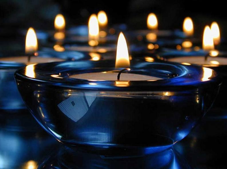 Картинки со свечами и надписью